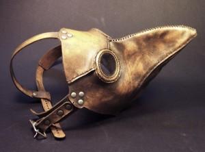 Las máscaras, que datan -ojo- de la época de la peste negra.